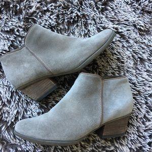 Blondo suede ankle boots waterproof sz 7.5 gray